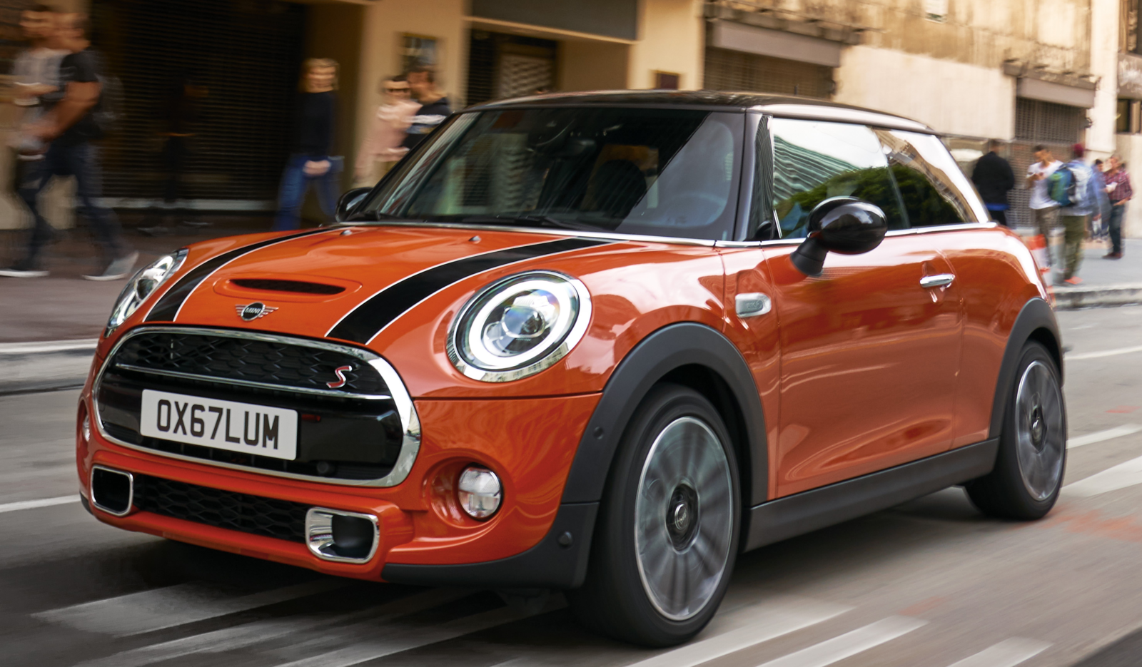 New Minis A Sizable Chunk Meet The John Cooper Works Hardtop