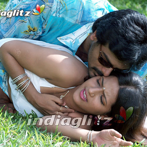 Hot kissing photos from South indian movies - Part 1