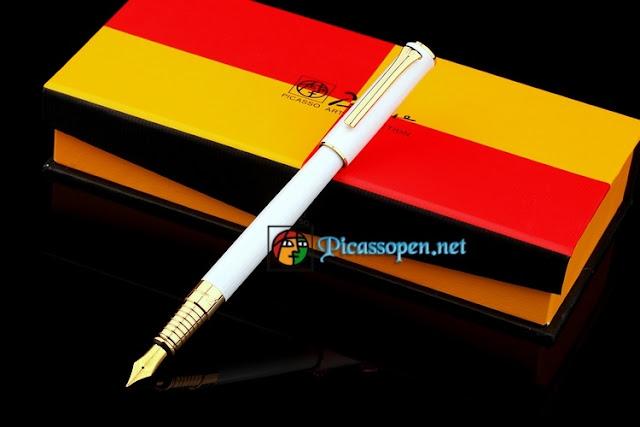 Bút máy cao cấp Picasso 988 màu trắng