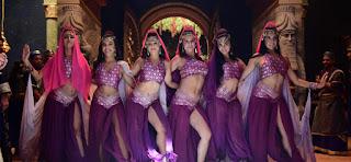 Dançarinas O Rico e Lazaro