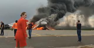 Μόσχα: Έβλεπαν το αεροπλάνο να καίγεται και γελούσαν! video