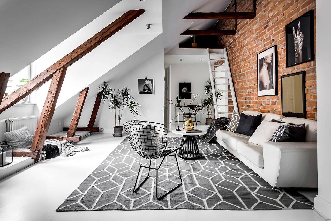 Mansardă de 65 m² cu dormitor de oaspeți la înălțime