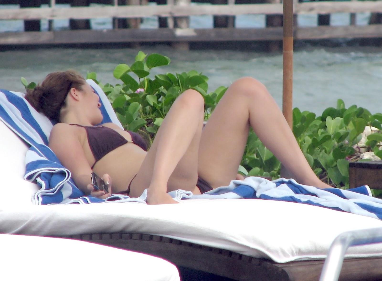 Bikini mandy moore pic