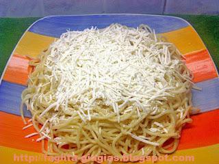 Μακαρόνια με τυρί - από «Τα φαγητά της γιαγιάς»