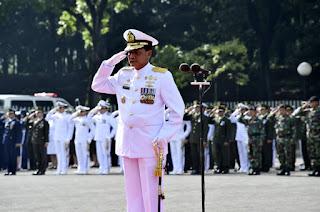 Mabes TNI Selenggarakan Upacara Hari Pahlawan