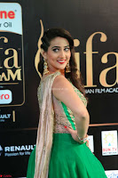 Manjusha in Beautiful Sleeveless Green Anarkali dress at IIFA Utsavam Awards 13.JPG