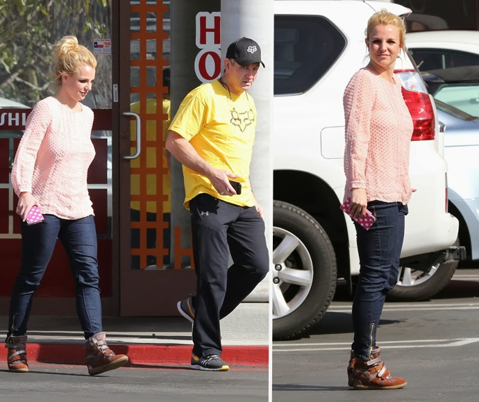 Britney Spears Has Rare Lunch together with her Dad/Conservator Jamie Spears