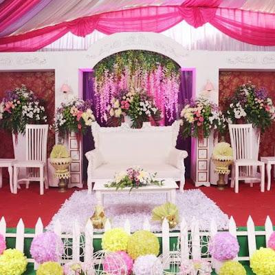 dekorasi pernikahan simple terbaru