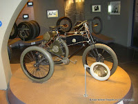 tricycle De Dion, musée de l'aventure Michelin