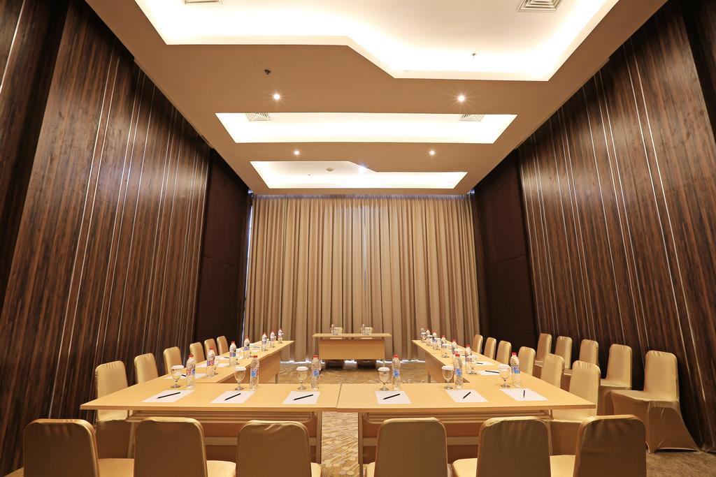 Hotel Santika terbaik dan termurah di Cirebon Jawa Barat