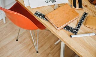 7 Tips Menata Meja Kerja supaya Kamu Makin Produktif