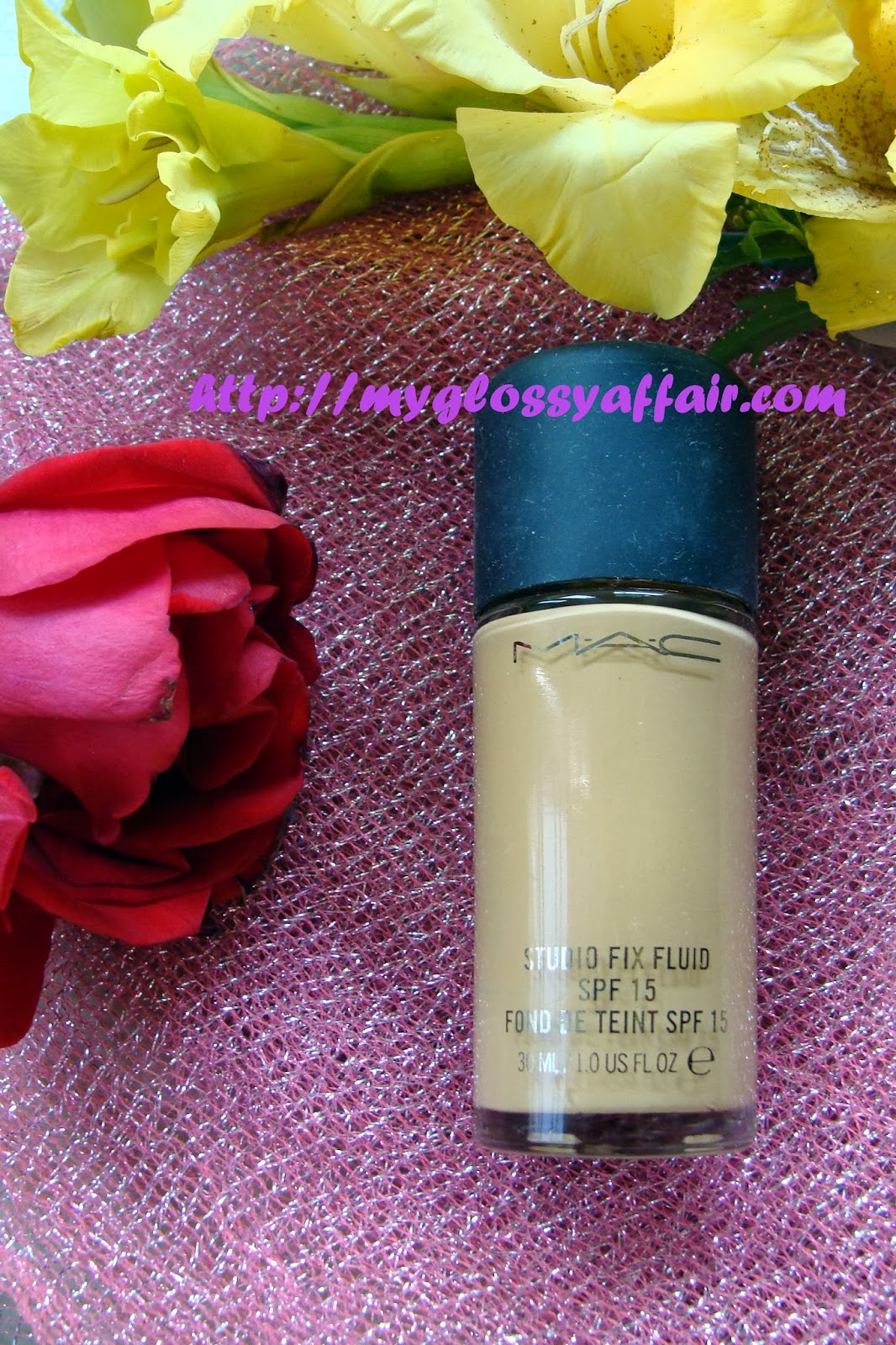 MAC Studio Fix Fluid Foundation Review and FOTD
