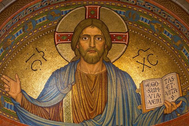 Noventa y cinco por ciento de los estadounidenses creen en Dios