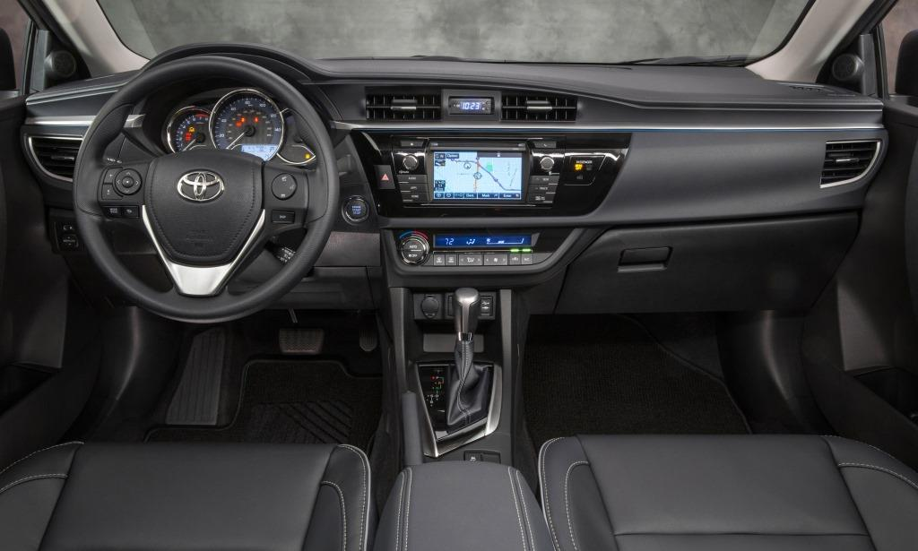 lanzamiento toyota corolla autoblog uruguay. Black Bedroom Furniture Sets. Home Design Ideas