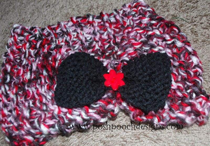 Dog Cowl Knitting Pattern : Posh Pooch Designs Dog Clothes: Chunky Cowl With Bow - My First Knitting Patt...