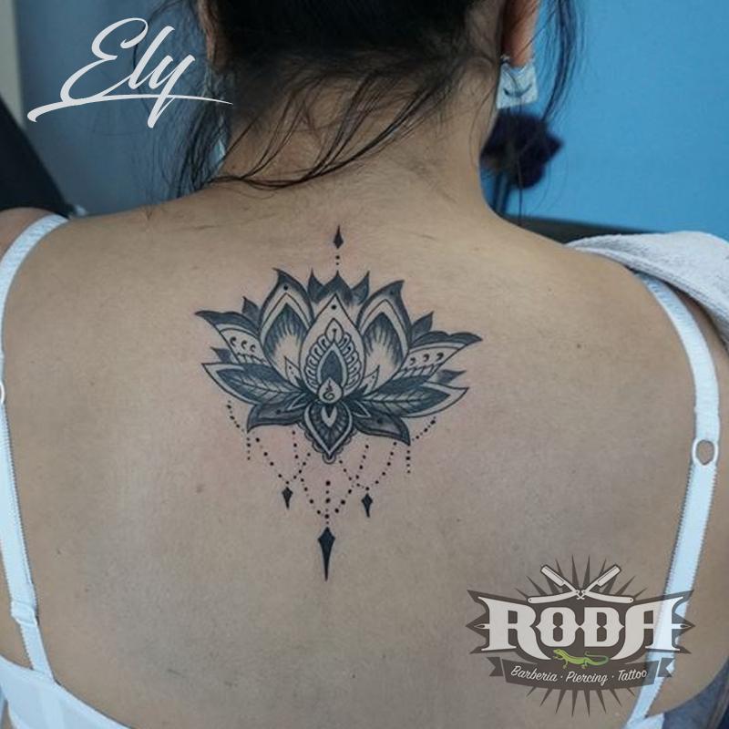Tatuaje Flor De Loto Roda Body Art