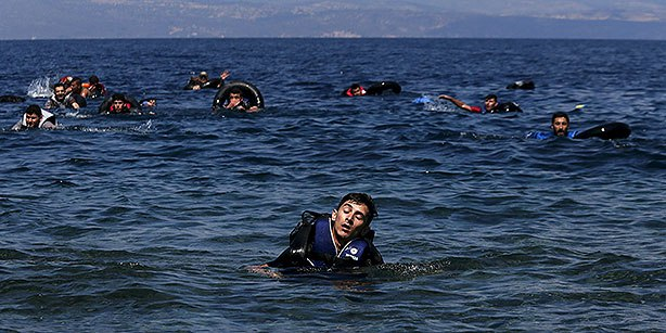 migrants drowns turkey greece