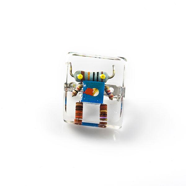 Anillos geek de resina cristal encapsulados