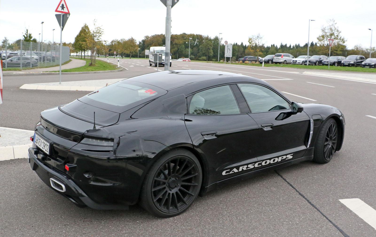Porsche-MissionE-21