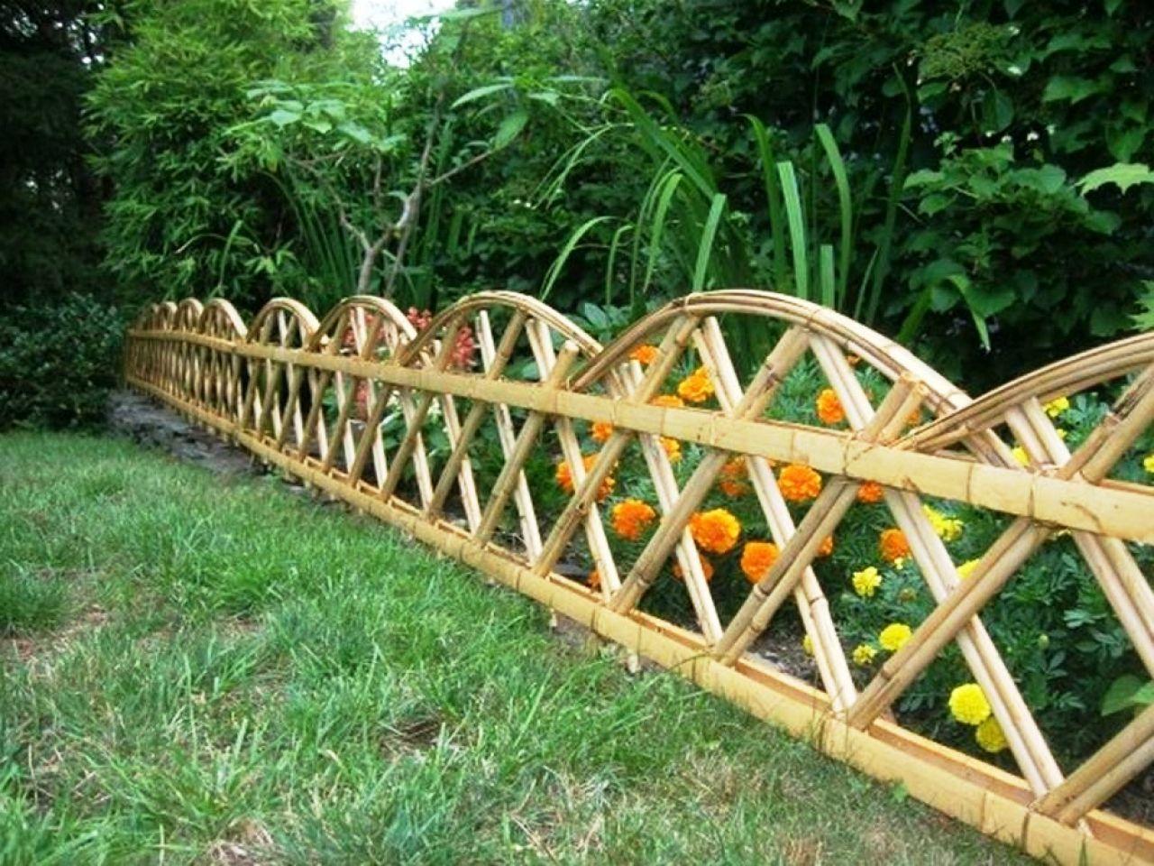 Gambar Pagar Bambu Keren Modern