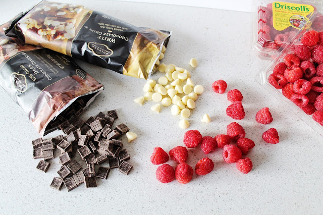 chocolate covered raspberries, cute mothers day gift ideas