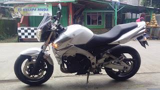 JUAL MOGE BEKAS : 2007 Suzuki GSR 600 cc - JAKARTA