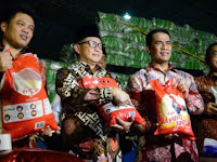 Denny Siregar Ungkap Permainan Mafia Uang Di Balik Beras Pangan Subsidi Pemerintah