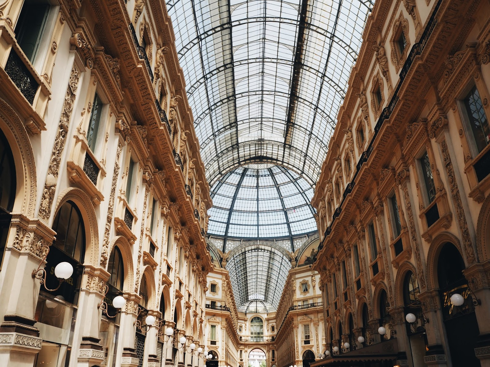 london based fashion blogger, london based style blogger, london based petite blogger, london petite style blogger, petite blogger, petite style blogger, london-based fashion blogger, italy's fashion capital, what to do in milan, things to do in milan italy, a perfect weekend in milan, city break milan, milan, milan travel guide, milan city break, city break italy, italy photography, milan photography