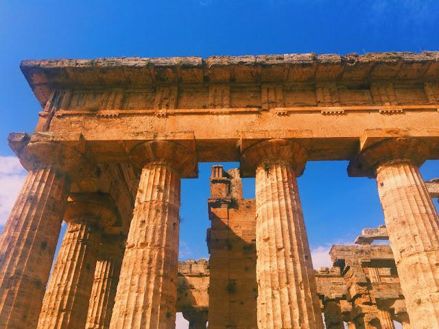 Inside-Hera-II-Paestum