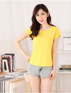 áo phông vàng