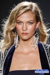 كارلي كلوس (Karlie Kloss)، عارضة أزياء أمريكية