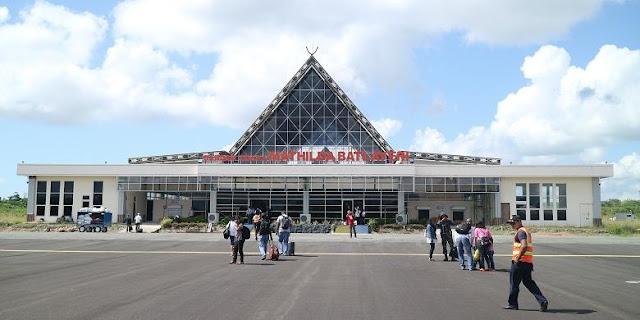 Kisah Heroik Dibalik Nama Bandara Mathilda Batlayeri Saumlaki