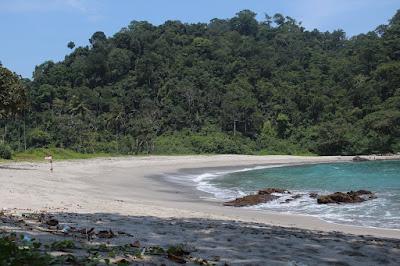 Kali Kencana Beach