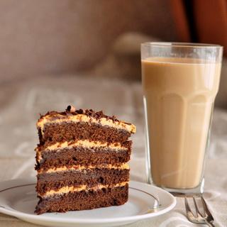 Širšių lizdas: Karamelinis šokoladinis kavos tortas