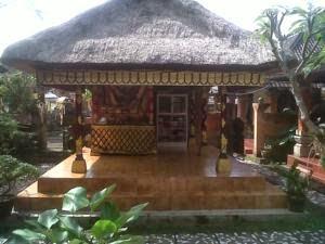 Nyoman Warta Accomodation (Nyoman Warta Hotel) ubud Bali