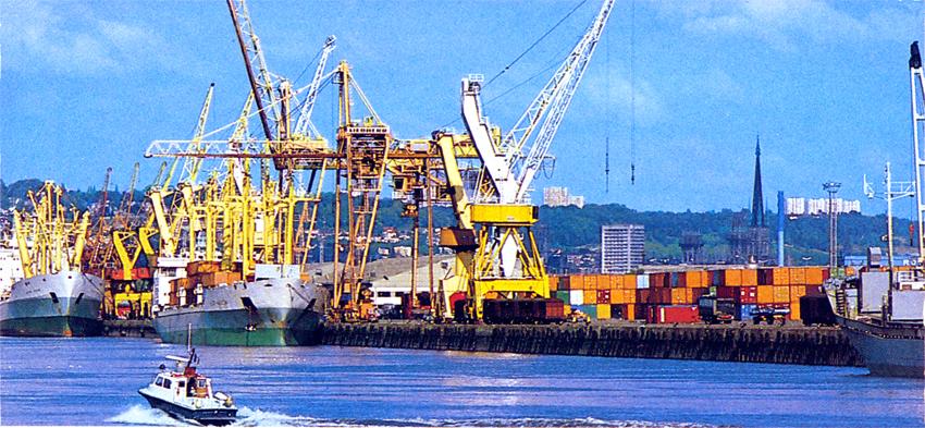 Archives maritimes le port de rouen vers 1970 - Grand port maritime de rouen ...