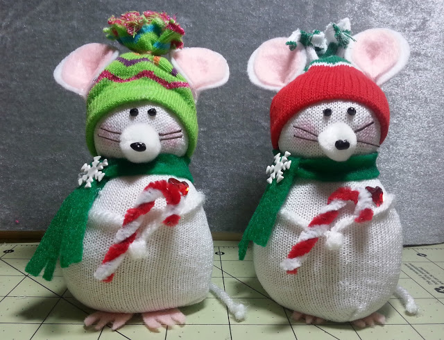 Diy Adorable Christmas Mouse Made From Child S Dollar Tree