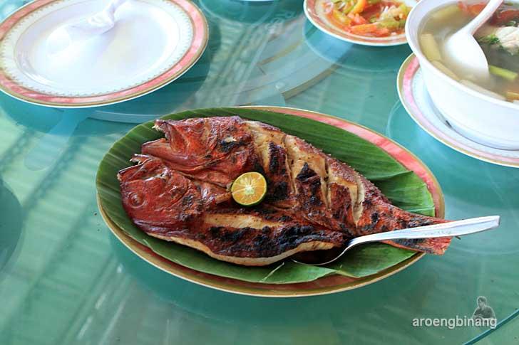 restoran ria rio manado sulawesi utara