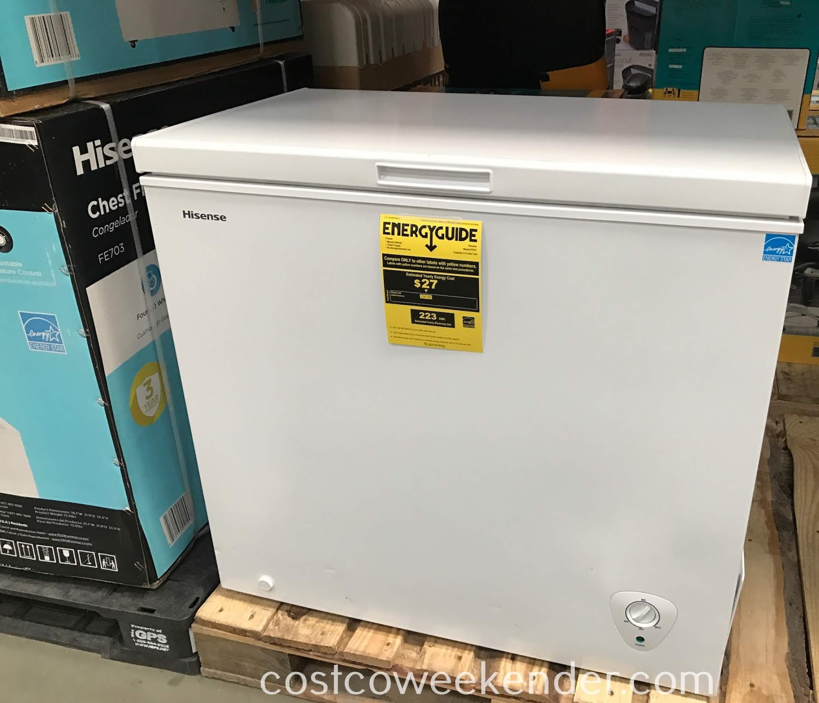 Get more freezer space with the Hisense Chest Freezer (FE703)