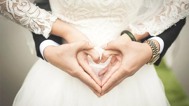 Lakukan Ini Ketika Suami Marah, Rasulullah Menyebutnya Sebagai Bidadari Surga Terbaik