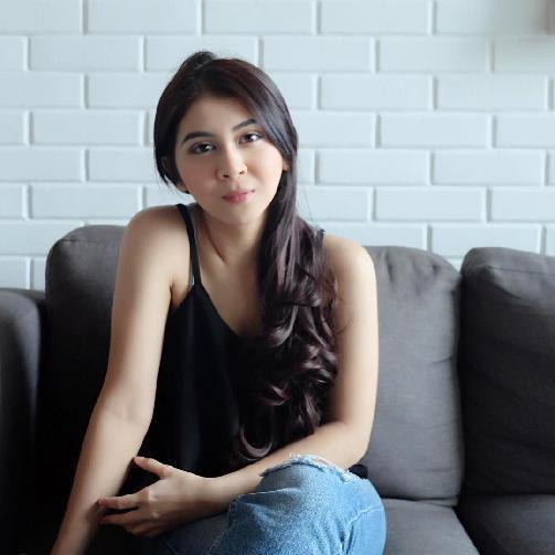 Fakta Kesha Ratuliu Harus Anda Ketahui [Artis Indonesia Hot]