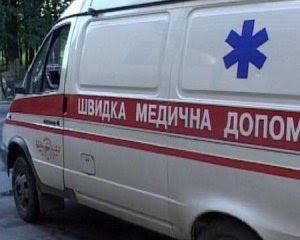 """Отруєння у школі Харкова: дітей забирають """"швидкі"""""""
