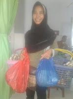Tak kenal Lelah, Astuti Bekali Keluarga dengan Dagang Keliling