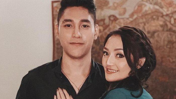 Ibunda Siti Badriah Senang Kalo Siti Akan Segera Menikah