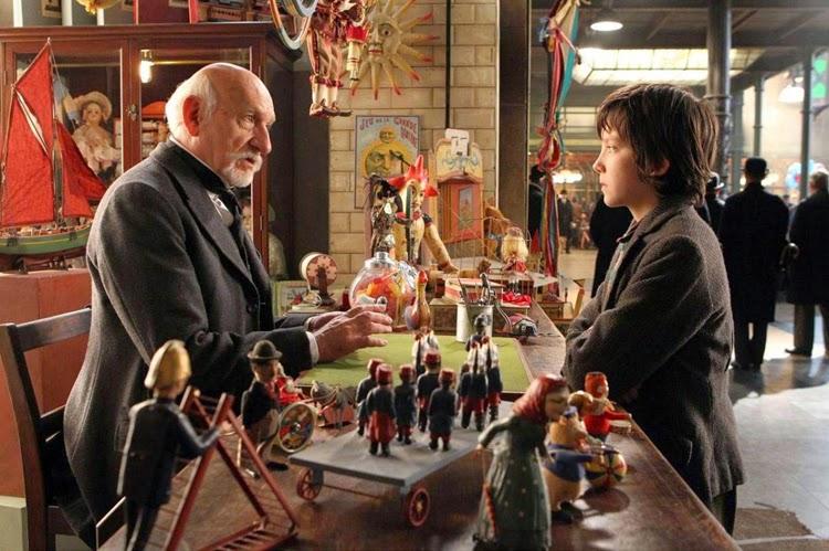 retro zabawki, zabawki drewniane, Paryż, lata trzydzieste, wnętrza filmowe,
