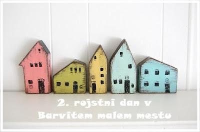2. leto med barvitimi hiškami