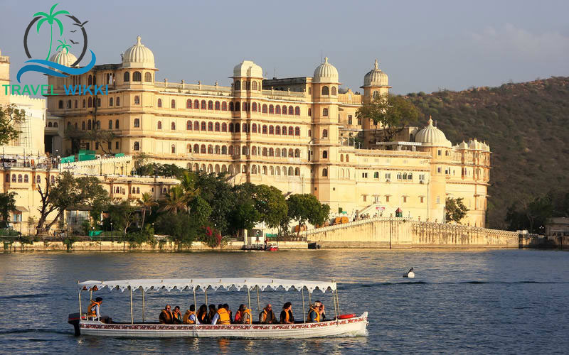 The city palace of Udaipur at the time sunset
