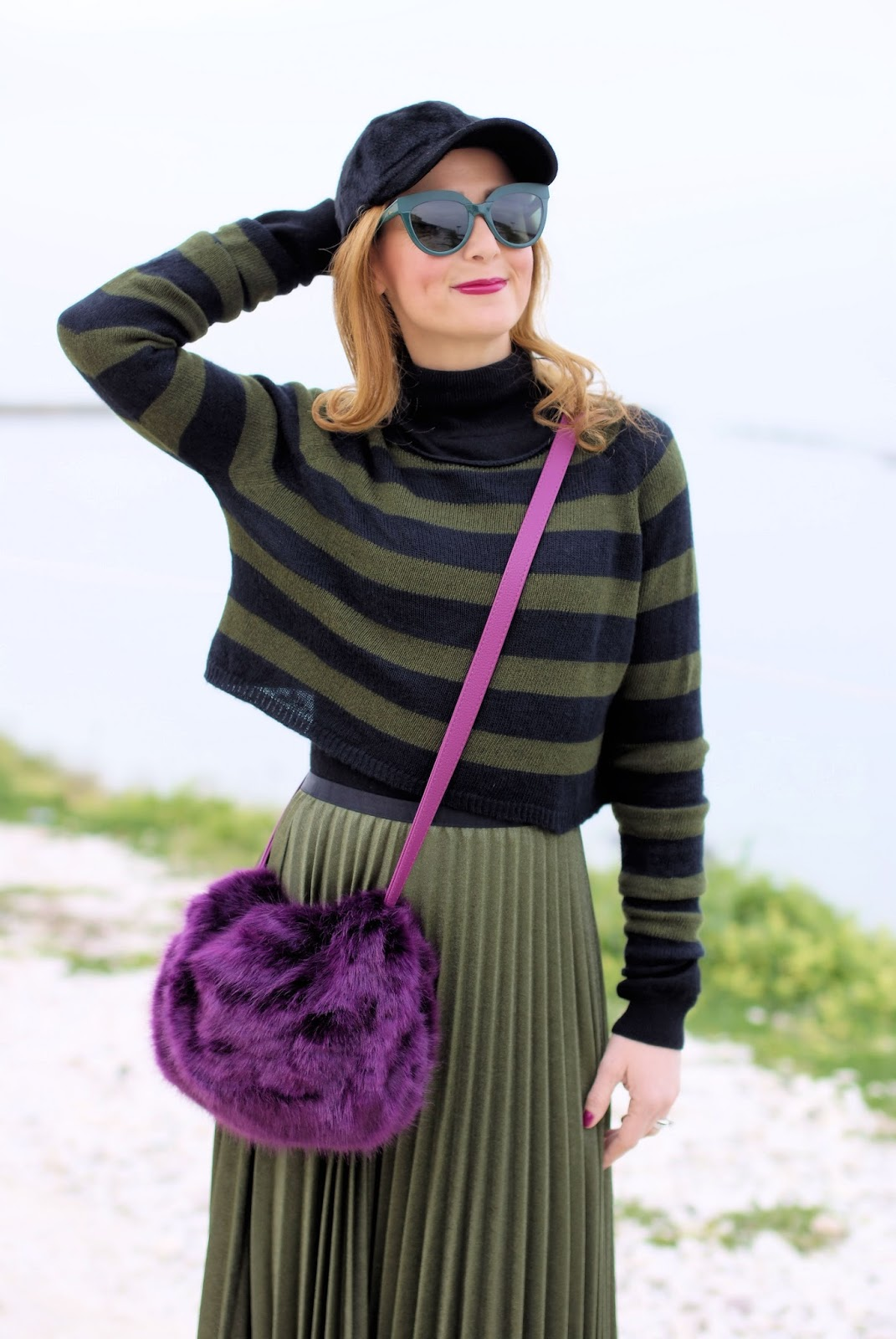 Faux fur bag and Muff with green pleated skirt on Fashion and Cookies fashion blog, fashion blogger style