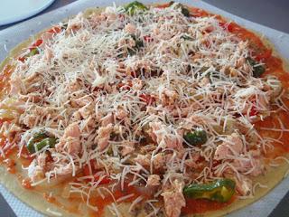 Elaboración de la pizza de bonito 4