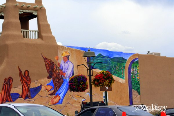 Painting on building in Taos New Mexico